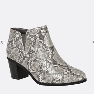 NEW Cloudwalkers Ophelia Python booties